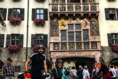 Wir vorm Goldenem Dachl in Innsbruck