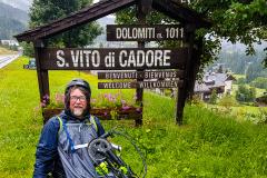 Björn am Ortschild S.Vito di Cadore