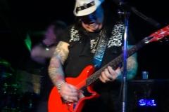 Hammer (Pretty Maids) an der Gitarre