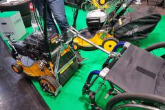 Rasenmäher mit Rollstuhlkupplung